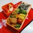 【中学弁当】鶏の唐揚げと隠れ天丼
