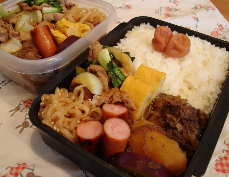 牛肉とジャガイモ煮弁当