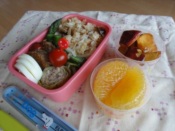 【中学弁当】ハンバーグと炊き込みご飯